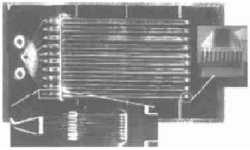 气液固三相催化微反应器-并联微填充床反应器系统